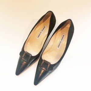 Manolo Blahnik Black Leather and Suede Kitten Heel